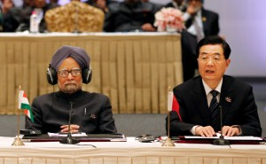 Indian Prime Minister Manmohan Singh and Chinese President Hu Jintao. [AP]
