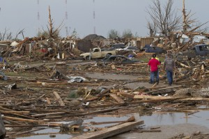 President Obama will visit the counties hit by the Tornado [Xinhua]