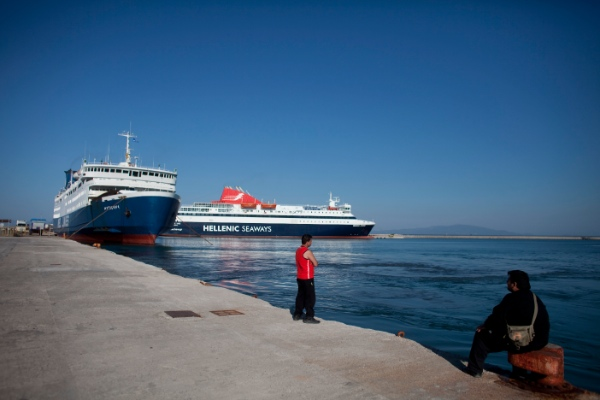 Greece has called on the European Union to provide financial assistance to deal with the flow of illegal migrants [Xinhua]