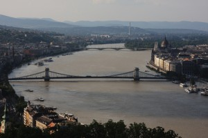 The Danube reached record levels in Budapest [Xinhua]