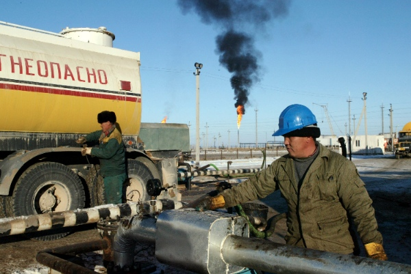 China's first large international pipeline for imported natural gas, the China-Central Asia line starts at the Turkmenistan-Uzbekistan border before passing through central Uzbekistan and southern Kazakhstan before entering China [Getty Images]