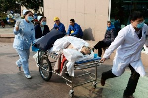 Victims of the oil pipeline are rushed to hospital in Qingdao, China [Xinhua]