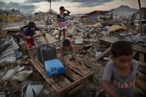 Despite global mobilisation to assist those displaced by Typhoon Haiyan in the Philippines, tens of thousands are still homeless [Getty Images]