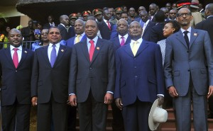 East African Presidents, from left to right, Pierre Nkurunziza of Burundi, Jakaya Kikwete of Tanzania, Uhuru Kenyatta of Kenya, Yoweri Museveni of Uganda and Paul Kagame of Rwanda pose for a group photograph [AP Photo]
