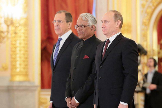 Putin (right) and Russian Foreign Minister Sergey Lavrov with Indian Ambassador P.S. Raghavan at the Kremlin on January 16th 2014 [PPIO]