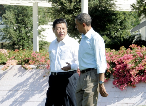 Chinese President Xi Jinping (L) and U.S. President Barack Obama before their second meeting, at the Annenberg Retreat, California, the United States, June 8, 2013 [Xinhua]