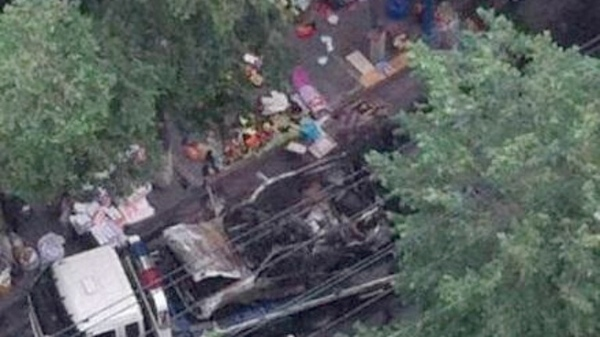 Explosions occurred Thursday morning at an open air market in Urumqi, capital of China's Xinjiang Uygur Autonomous Region, leaving at least 31 dead and 94 injured [Image courtesy: Weibo]