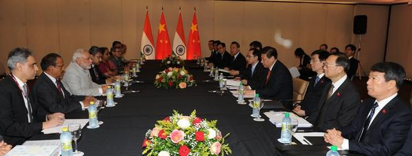 Chinese President Xi Jinping and Indian Prime Minister Narendra Modi hold talks in Fortaleza, Brazil on 14 July 2014 [Xinhua]