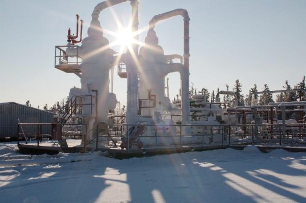 File photo of gas treatment unit at  Kovyktinskoye field in eastern Russia [Image: Gazprom]
