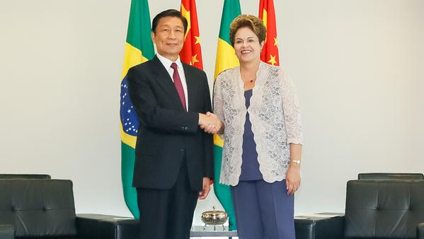 Rousseff Chinese Vice President Li Yuanchao during a bilateral meeting at Planalto Palace in Brasilia on 2nd January 2015 [Image: Itamaraty]