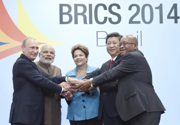 Chinese President Xi Jinping (2nd R) poses for a group photo with Russian President Vladimir Putin (1st L), Indian Prime Minister Narendra Modi (2nd L), Brazilian President Dilma Rousseff (C), and South African President Jacob Zuma during the sixth BRICS summit in Fortaleza, Brazil, July 15, 2014 [Xinhua]