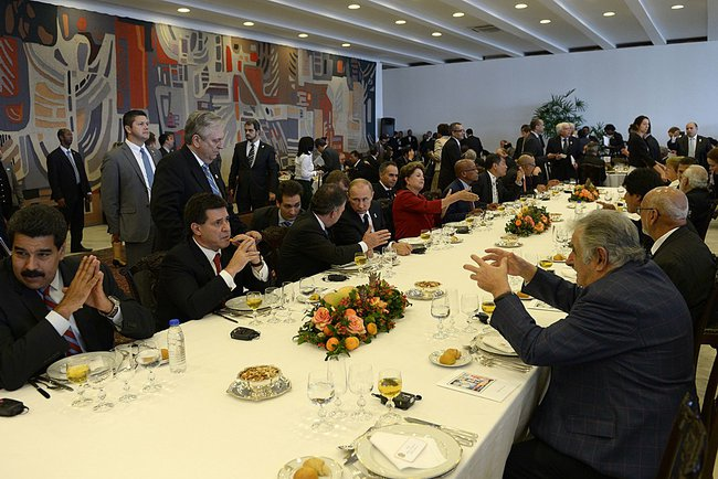 Working lunch hosted by President of Brazil Dilma Rousseff in honour of the leaders of BRICS and South American nations including Uruguay President Jose Mujica, Chile's Michelle Bachelet, Ecuador's Rafael Correa, Venezuela's Nicolas Maduro, Argentina's President Cristina Fernández and Bolivia's, Evo Morales among others on 16 July 2014 in Brasilia [PPIO]