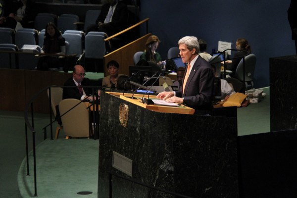 Kerry met his Iranian counterpart on the sidelines of the NPT conference at UN Headquarters in New York [Xinhua]