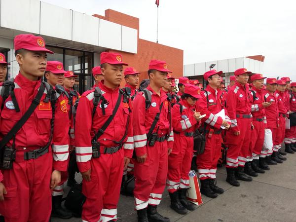 A 62-member China International Search & Rescue Team has landed in Nepal on Sunday morning for humanitarian rescue [Xinhua]
