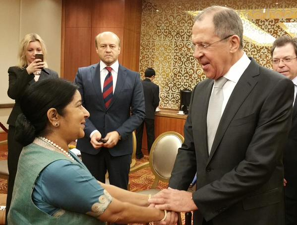 Indian Foreign Minister Sushma Swaraj (left) with her Russian counterpart Sergey Lavrov in Beijing, China on 2nd February 2015 [Image: MEA, india]