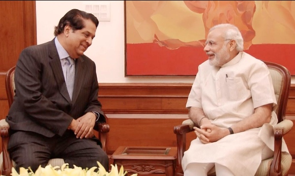 Indian Prime Minister Narendra Modi (right) with the first BRICS Bank president K.V. Kamath in New Delhi on 28 May 2015 [Image: Twitter/PMO]
