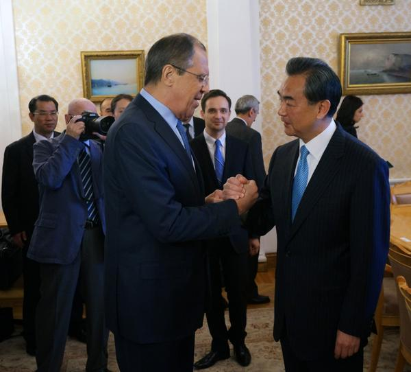 Russian Foreign Minister Sergey Lavrov (left) with his Chinese counterpart Wang Yi in Moscow on 3rd June 2015 [Image: MFA, Russia]