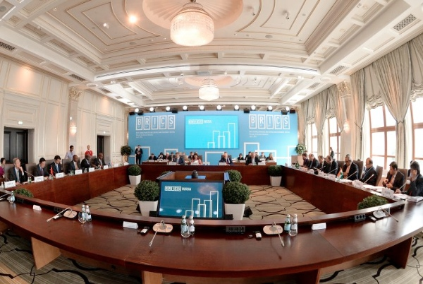 Participants in the BRICS Finance Ministers and Central Bank Governors' Meeting, Meeting of the Board of Governors of the BRICS New Development Bank on 7 July 2015 in Moscow, Russia [Image: brics2015.ru]
