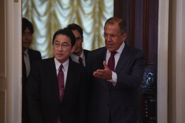 "Lavrov called on Kishida to recognize the ""historical realities"" of the Kuril Islands [Xinhua]"