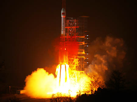 This places China one step closer to providing an alternative to the US-operated GPS [Xinhua]