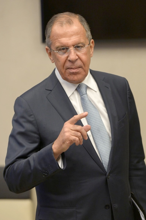 Lavrov el sábado tuvo una conversación telefónica con su homólogo estadounidense, John Kerry, para discutir la organización de las conversaciones entre el gobierno sirio y la oposición, dijo el Ministerio de Relaciones Exteriores de Rusia [Xinhua]