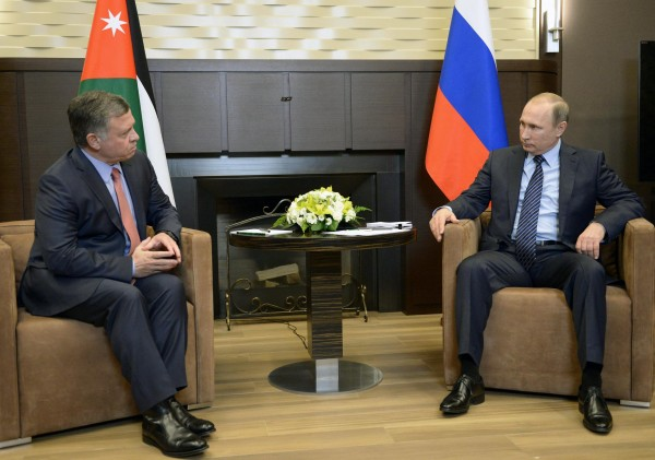 Putin's reaction to the Turkish downing of a Russian fighter jet came soon after his meeting with Jordan's King Abdullah to coordinate anti-ISIL efforts [Xinhua]