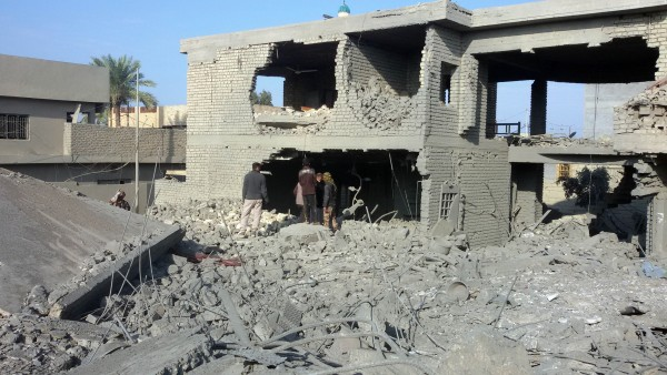 Heavy US-led coalition and Iraqi aerial bombardment has leveled many neighborhoods in Ramadi and Falluja in Anbar province [Xinhua]