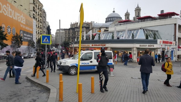 A suicide bomber killed three foreigners and two Turks in Istiklal street, popular with tourists, in central Istanbul March 19 [Xinhua]