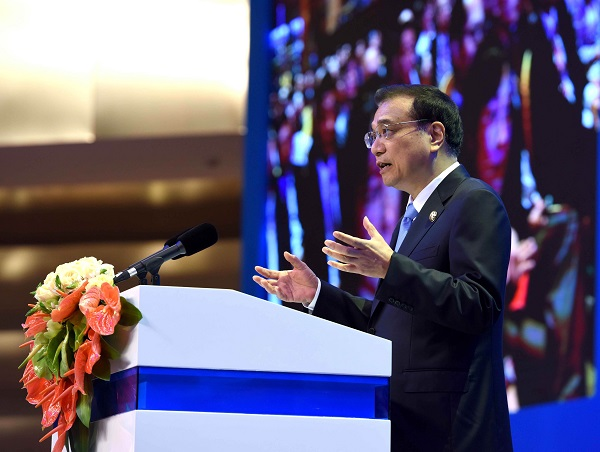 Chinese Premier Li Keqiang delivers a speech at the opening ceremony of the Boao Forum for Asia (BFA) annual conference in Boao, south China's Hainan Province, March 24, 2016 [Xinhua]