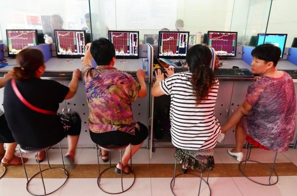 Tuesday's gains break a three-week snap of sluggish trading in Asian markets [Xinhua]